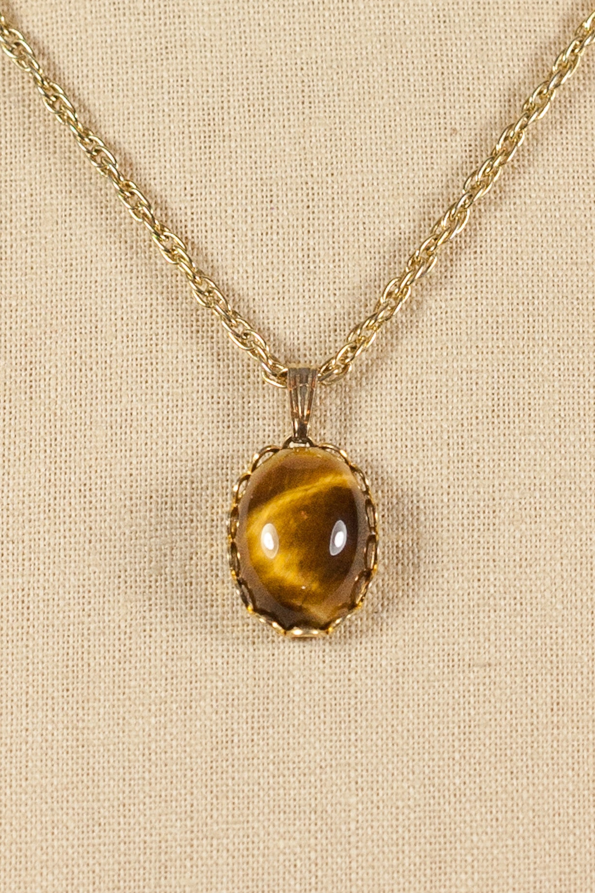 60's__Whiting Davis__Tiger's Eye Necklace