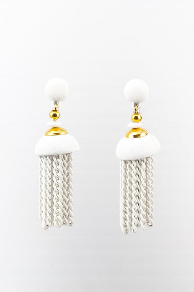 60's__Monet__White Tassel Clips