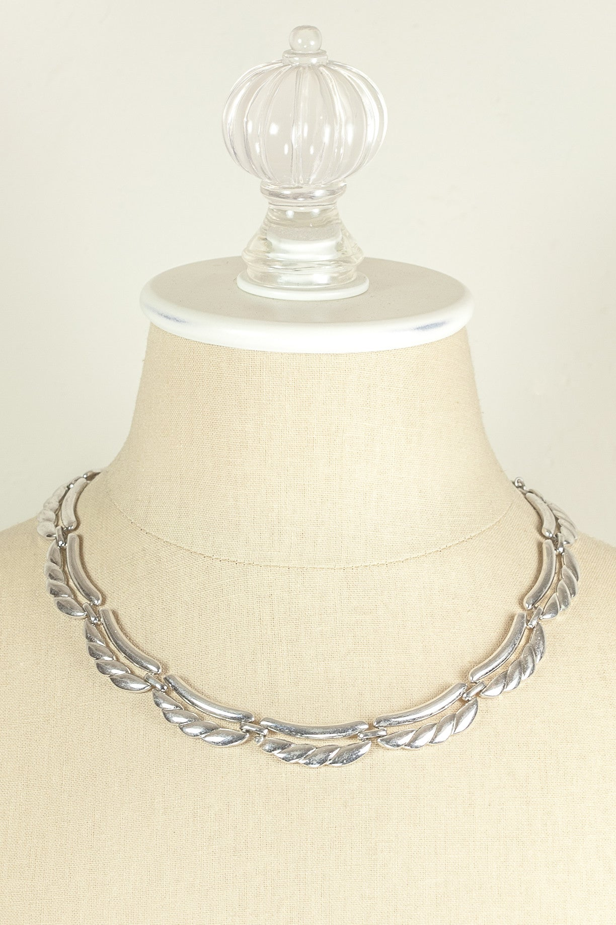 70's__Monet__Silver Scallop Necklace