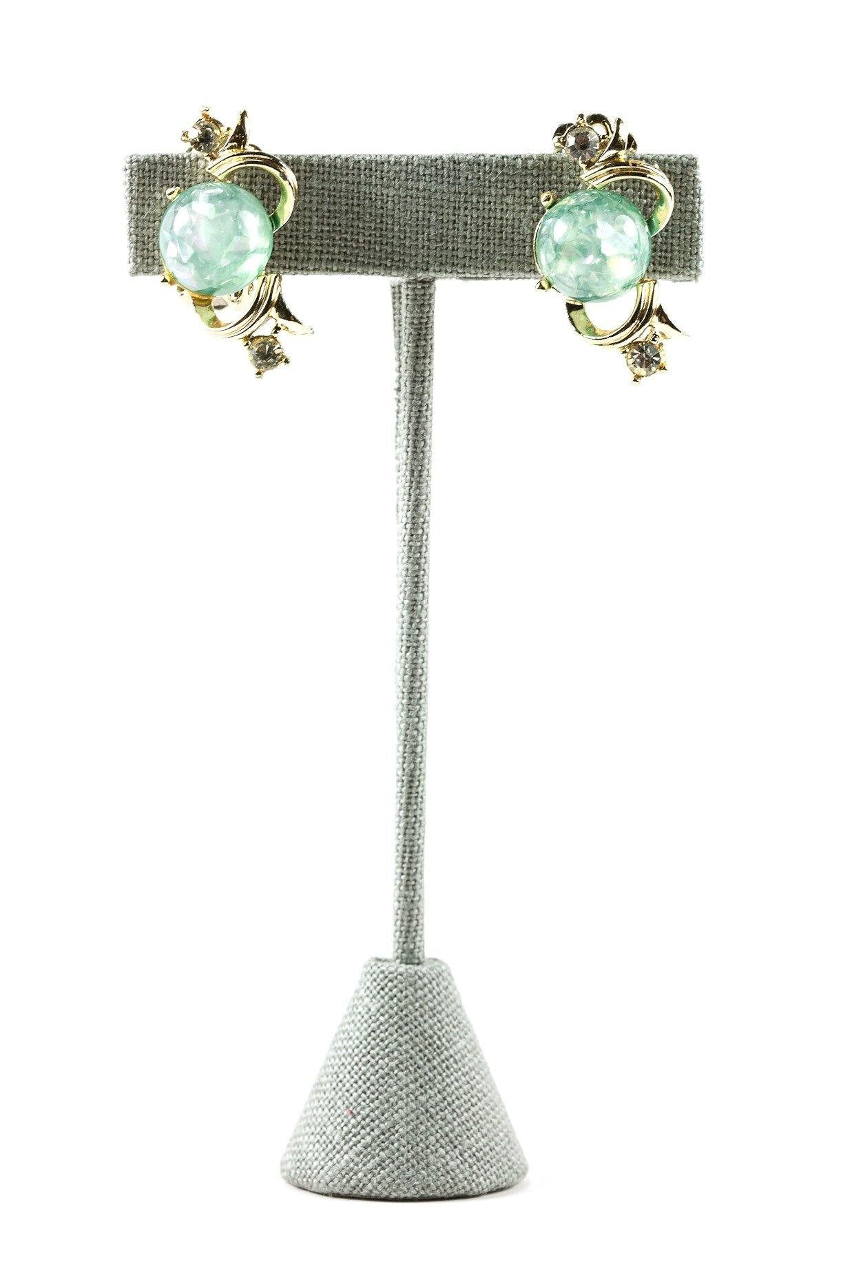 50's__Coro__Green Confetti Clip-on Earrings