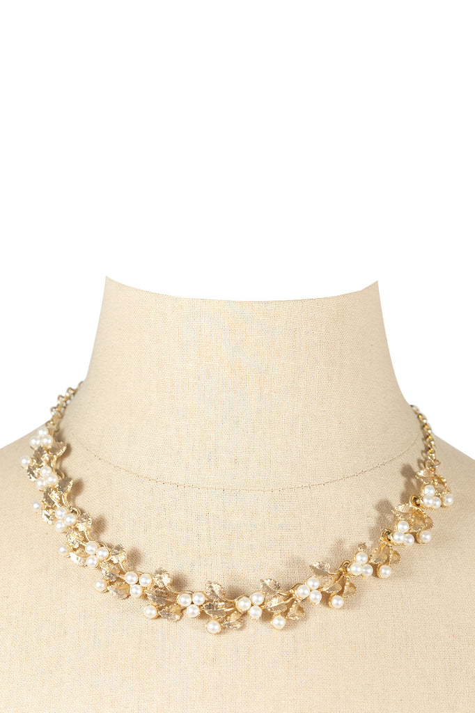 50's__Vintage__Pearl Floral Necklace