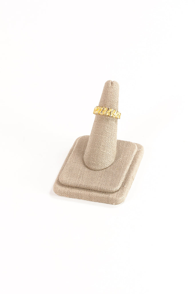 70's__Vintage__Textured Gold Band