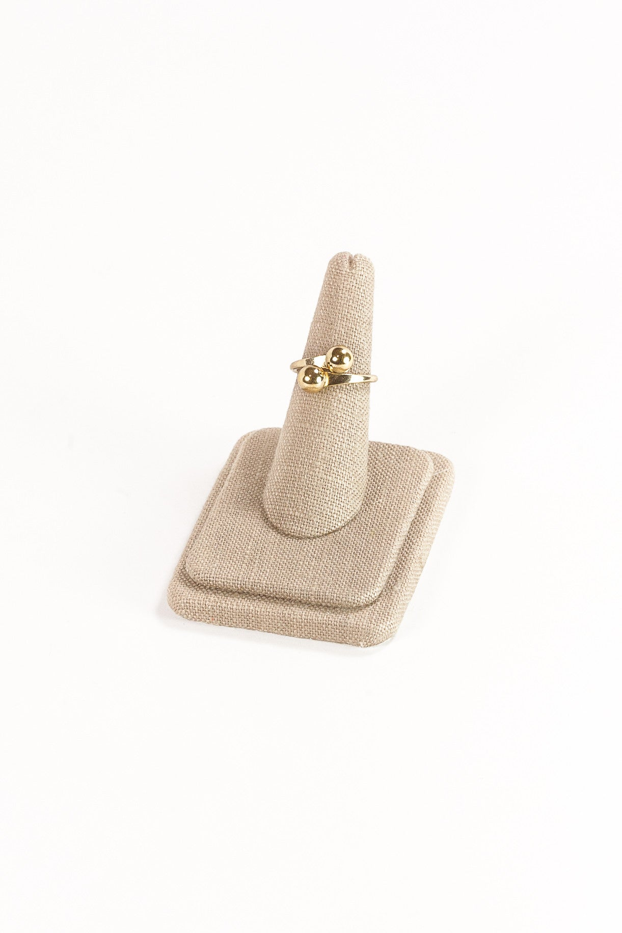 60's__Caroline__Dainty Gold Ball Ring