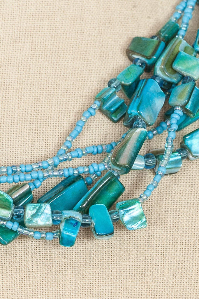 70's__Vintage__Teal Beaded Necklace