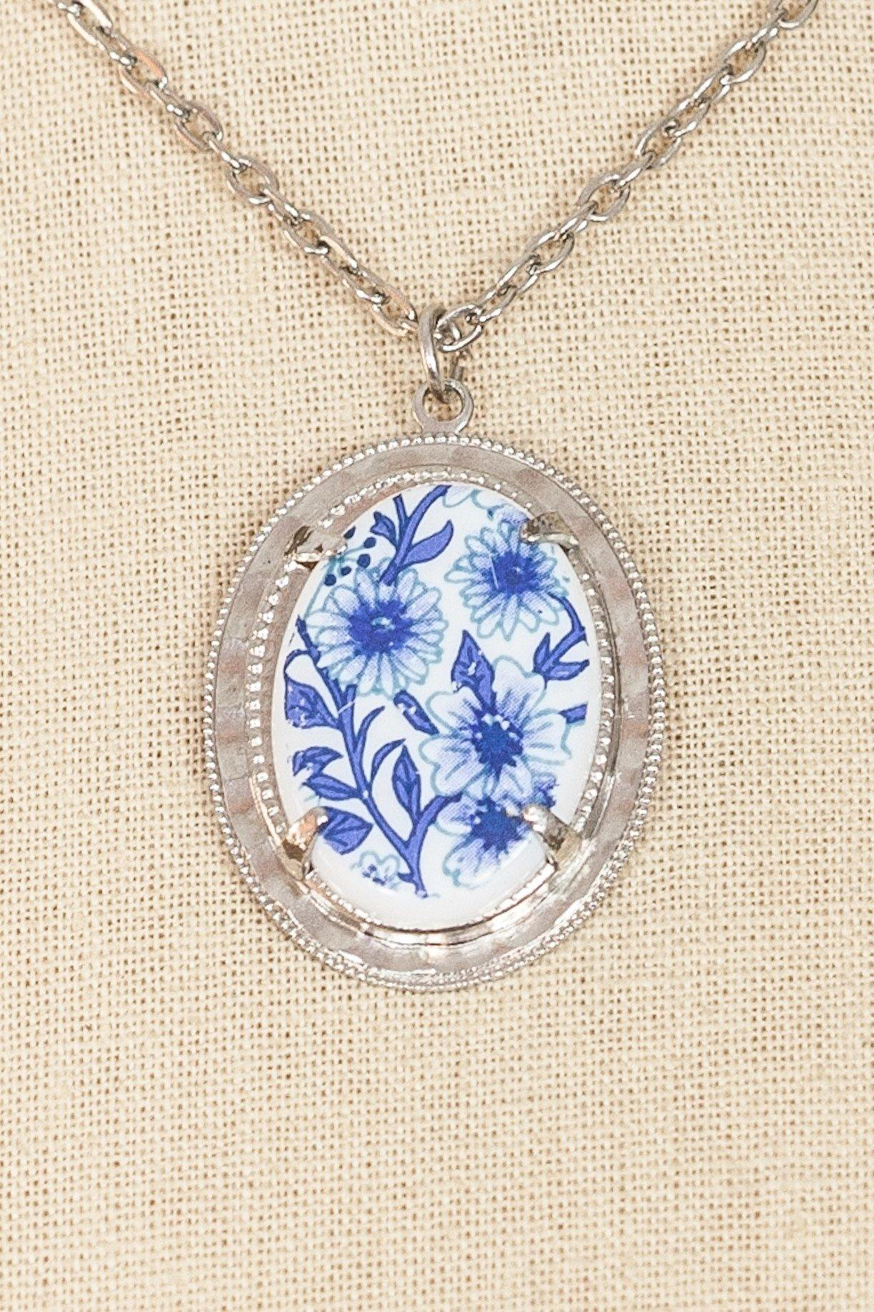 50's__Vintage__Blue Floral Pendant Necklace
