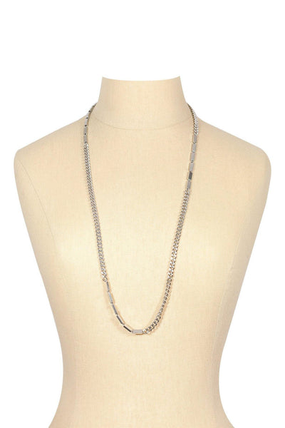 80's__Vintage__Long Silver Chain Link Necklace