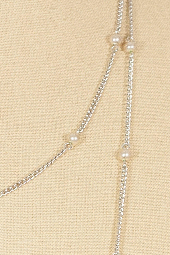 70's__Vintage__Dainty Long Pearl Necklace