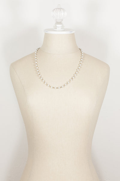 80's__Vintage__Dainty Pearl Beaded Necklace