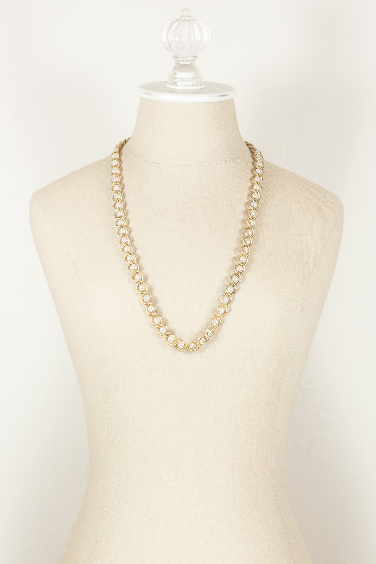 70's__Napier__Gold Chain & Pearl Necklace