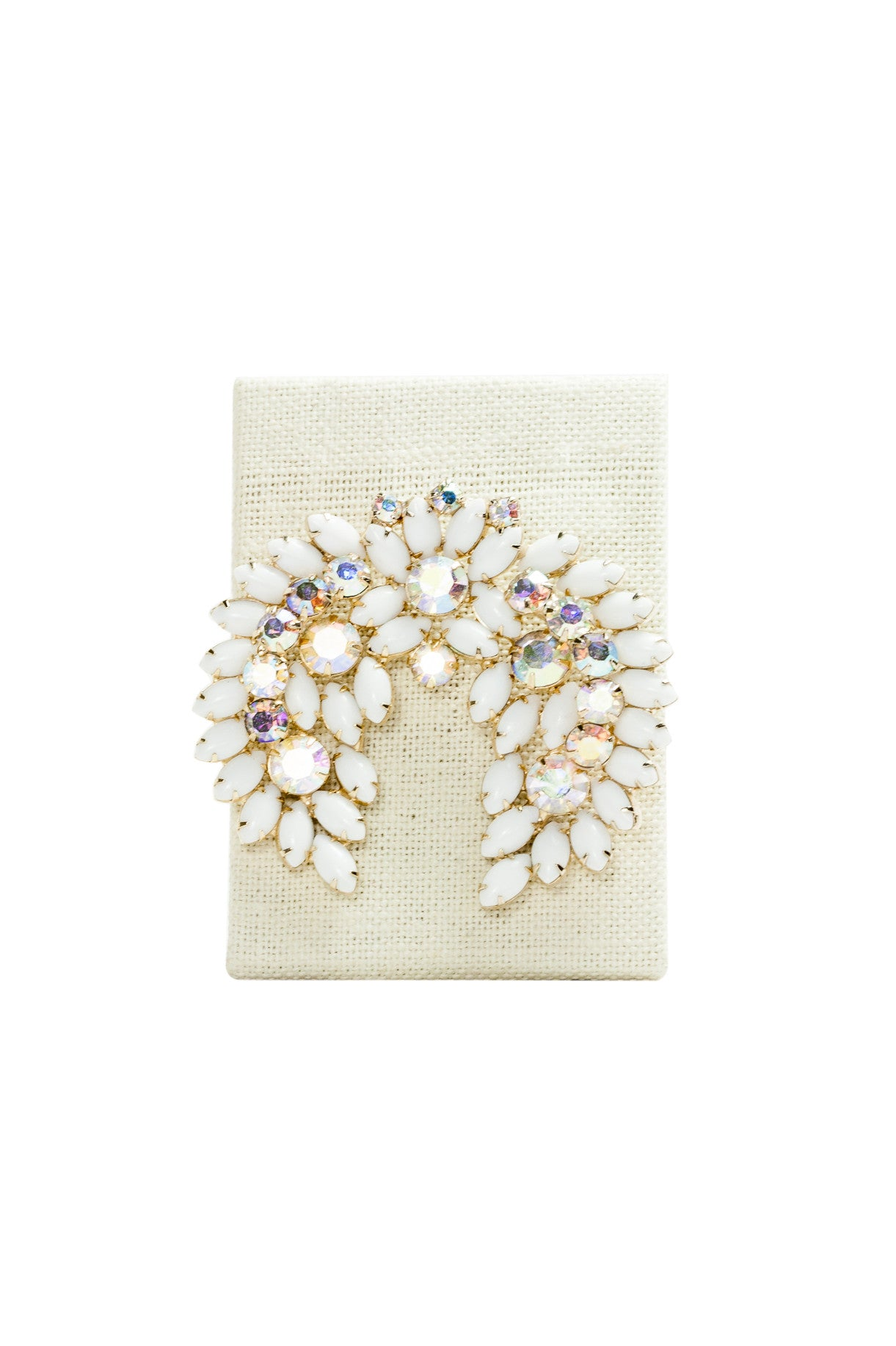 50's__Vintage__White Stone Brooch