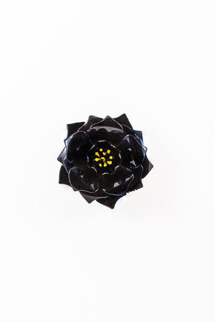 30's__Vintage__Black Flower Brooch