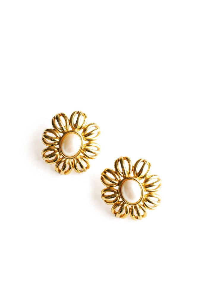 Pearl Floral Pierced Earrings