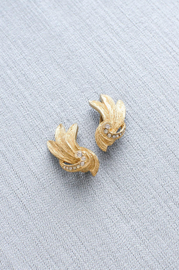 Swirl Crawler Clip-on Earrings