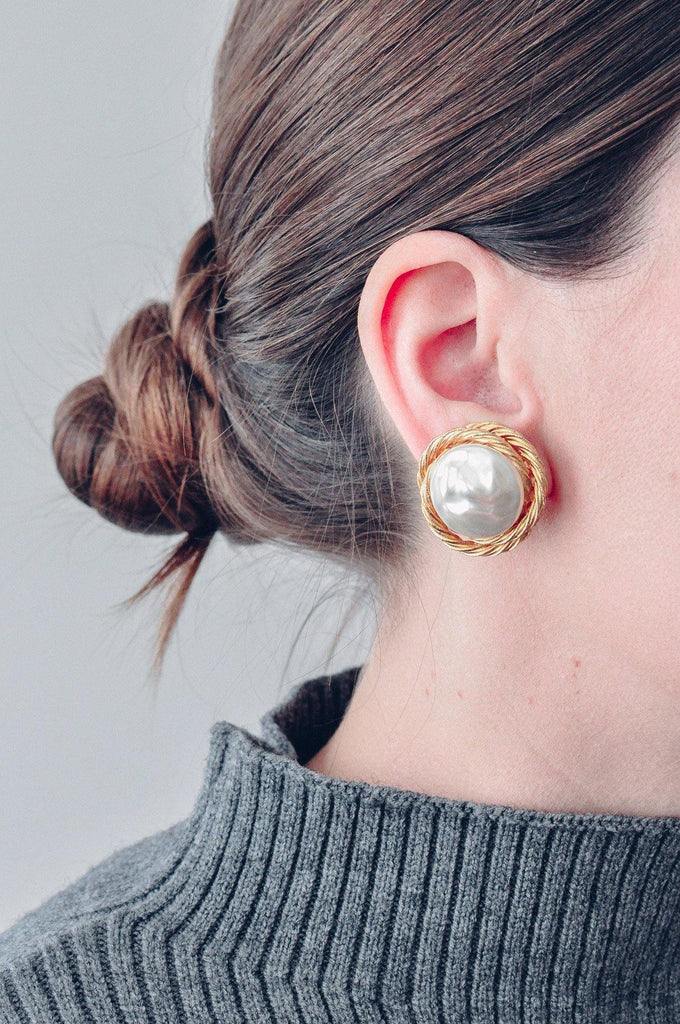 Classic Pearl Clip-on Earrings