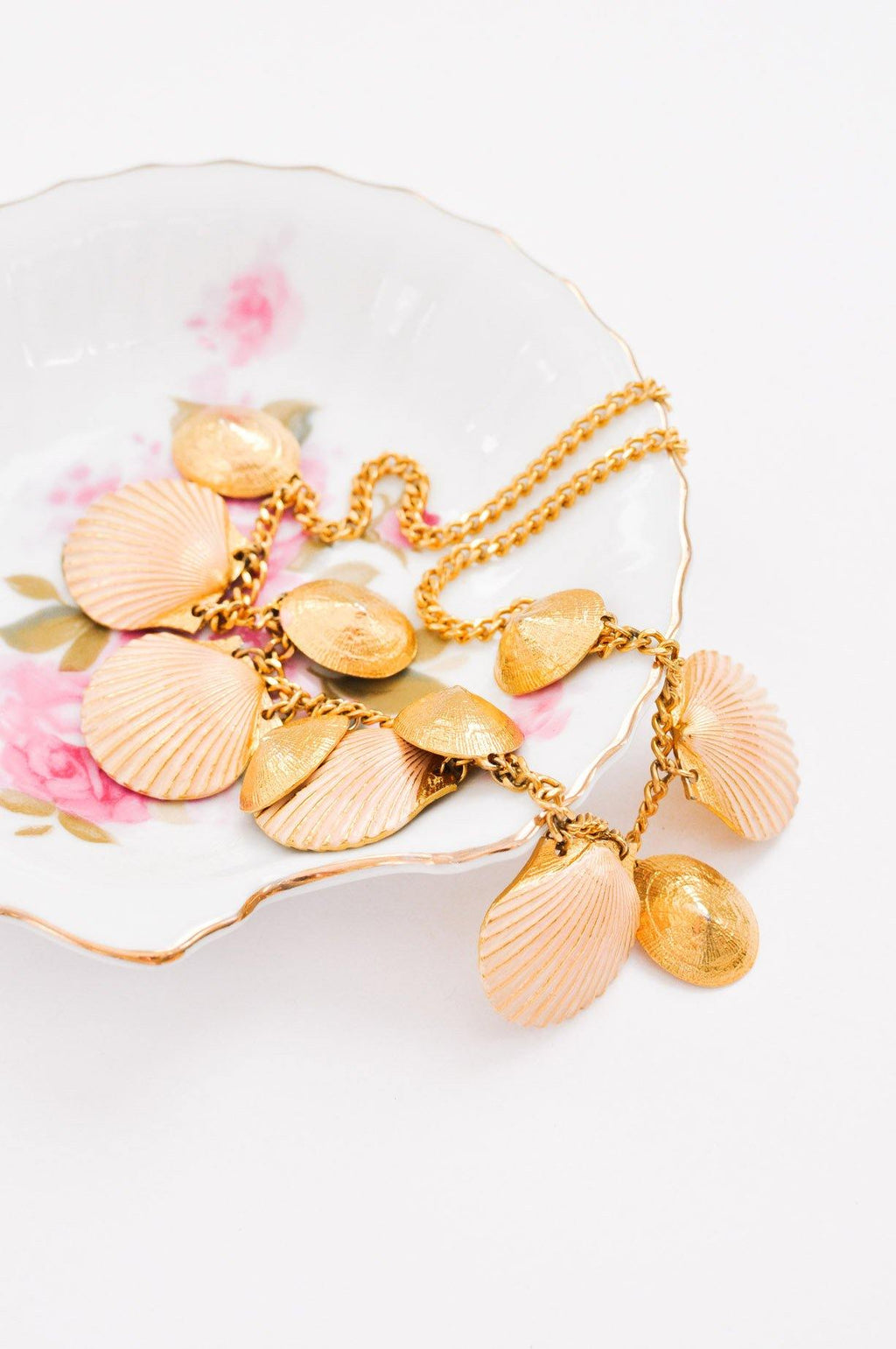 Statement Seashell Necklace