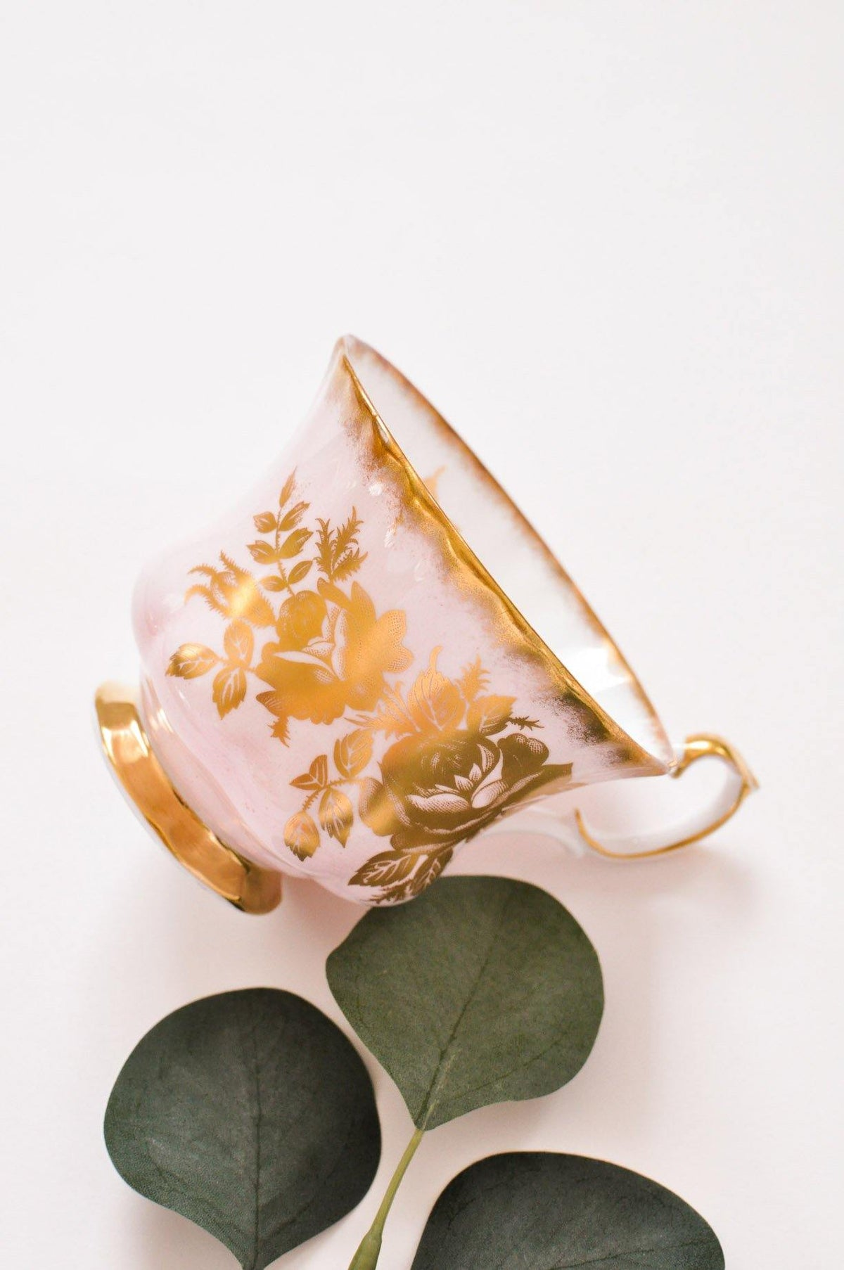 Vintage Floral Teacup from Sweet & Spark.