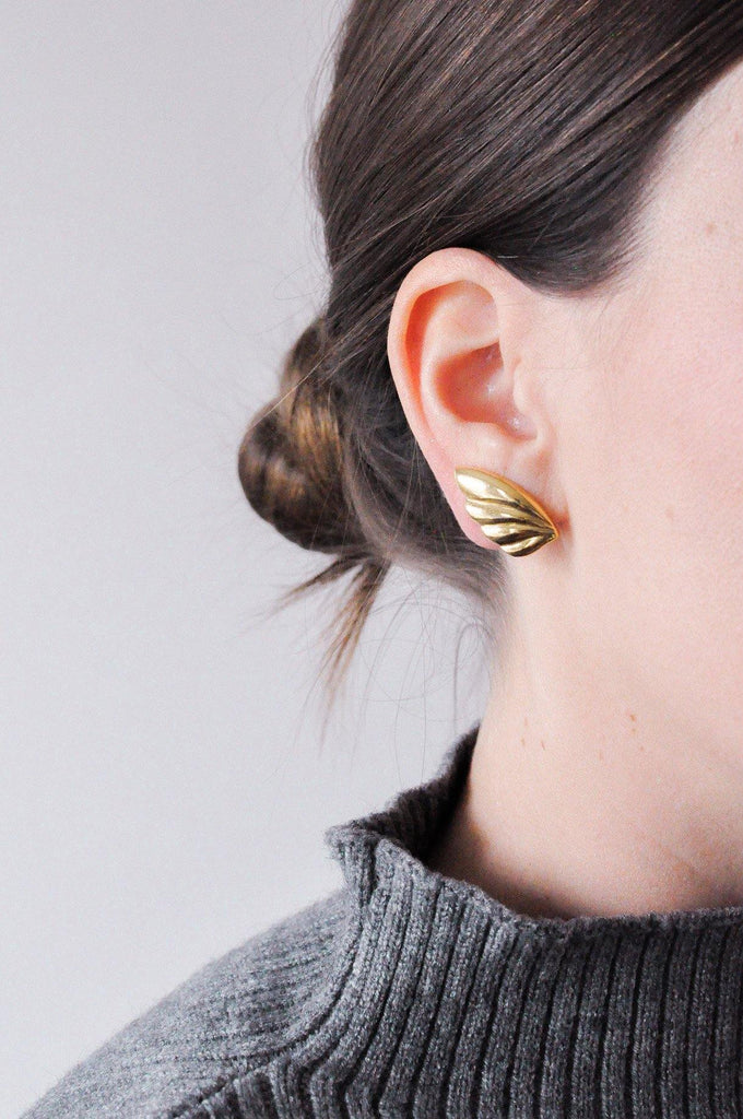 Simple Crawler Clip-on Earrings
