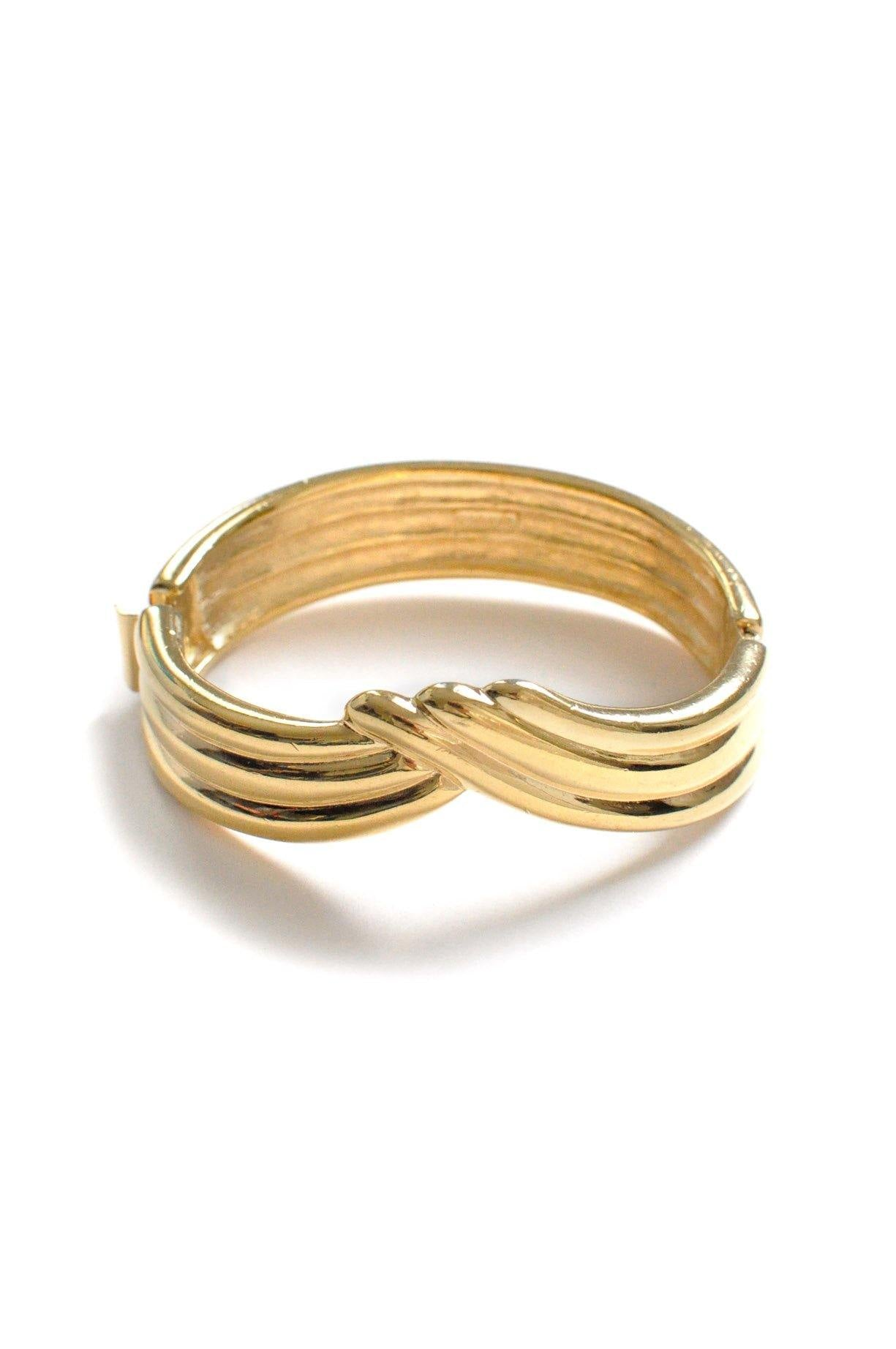 Waved Bangle Bracelet