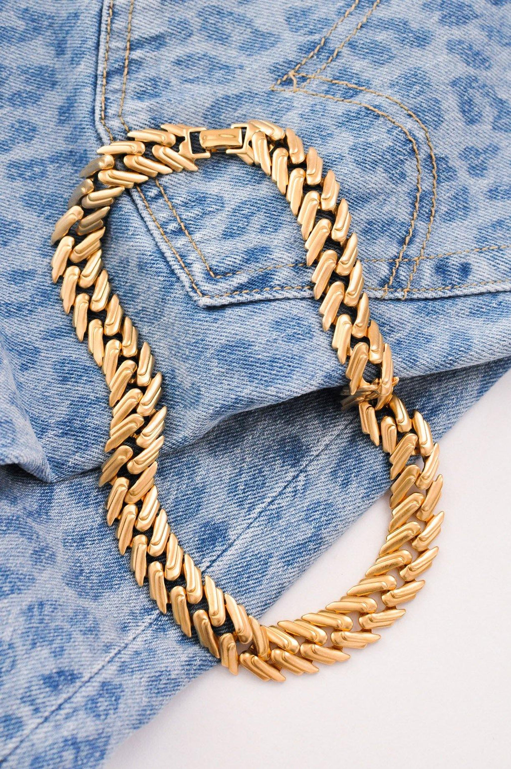 Flat Zigzag Statement Necklace