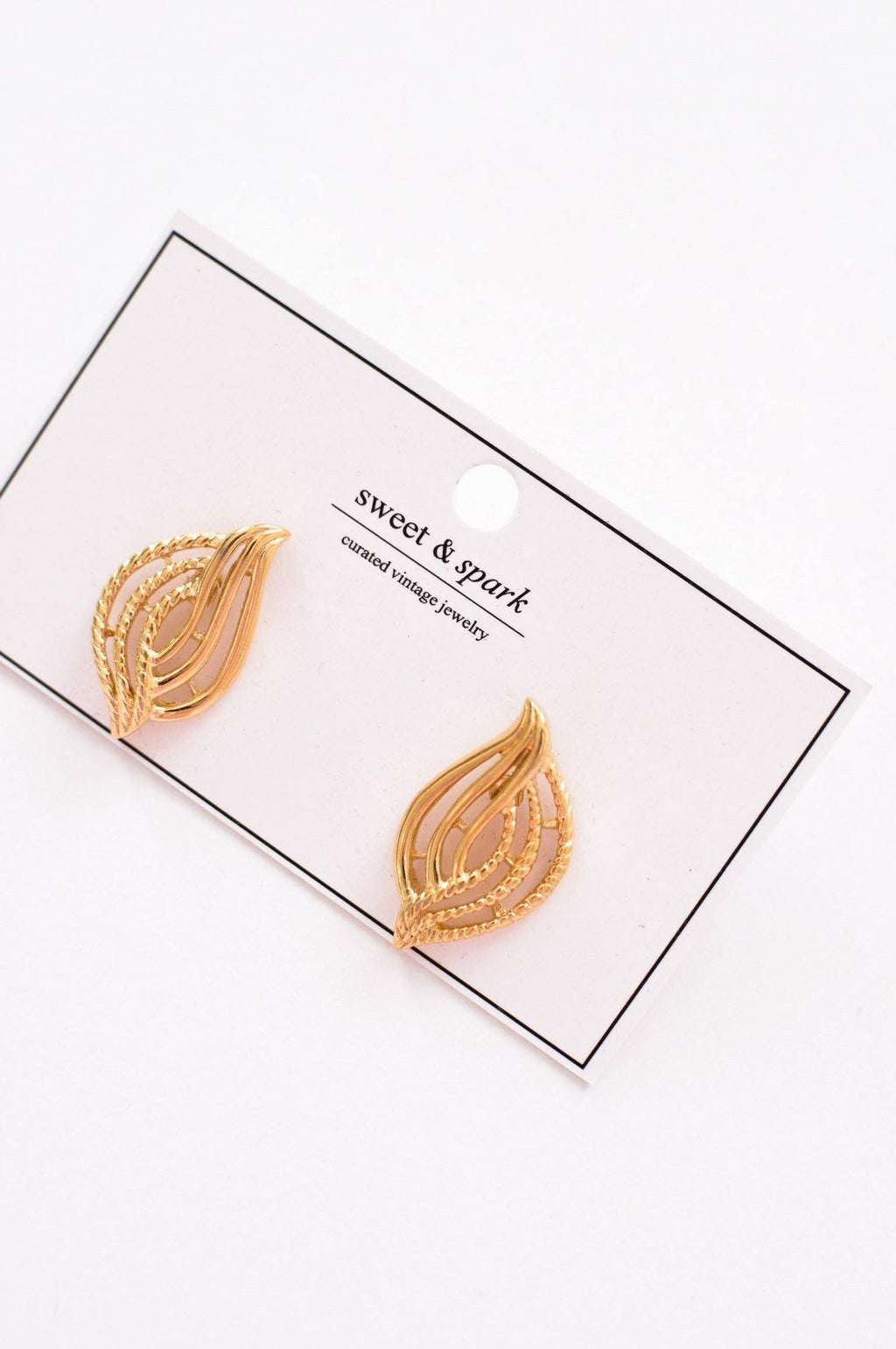 Open Swirl Pierced Earrings