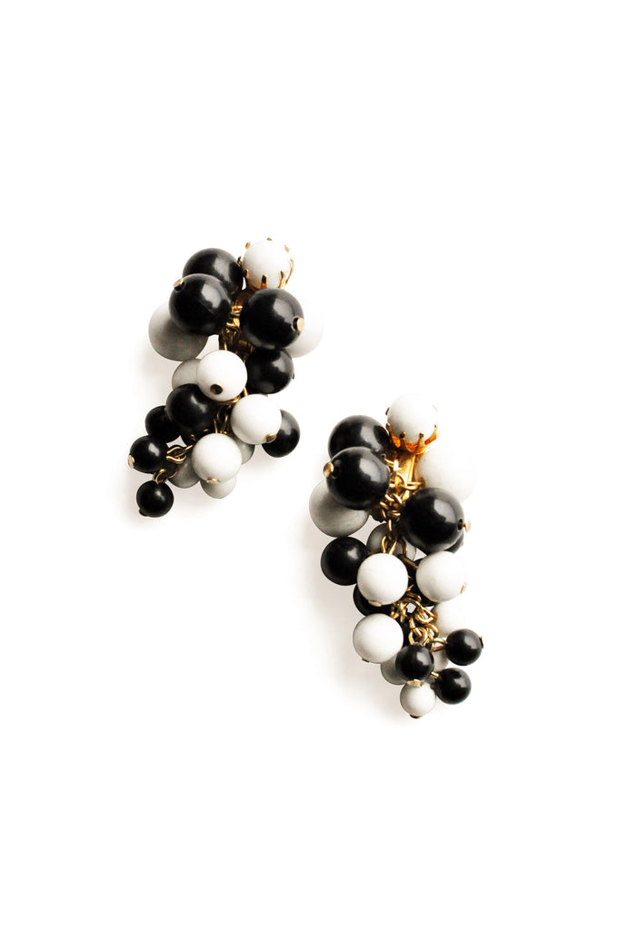 Black and White Beads Bunches Clip-on Earrings