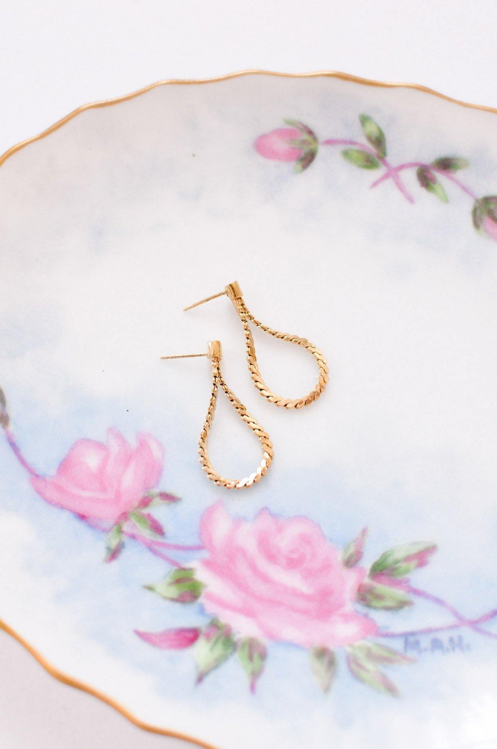 Dainty Chain Pierced Earrings