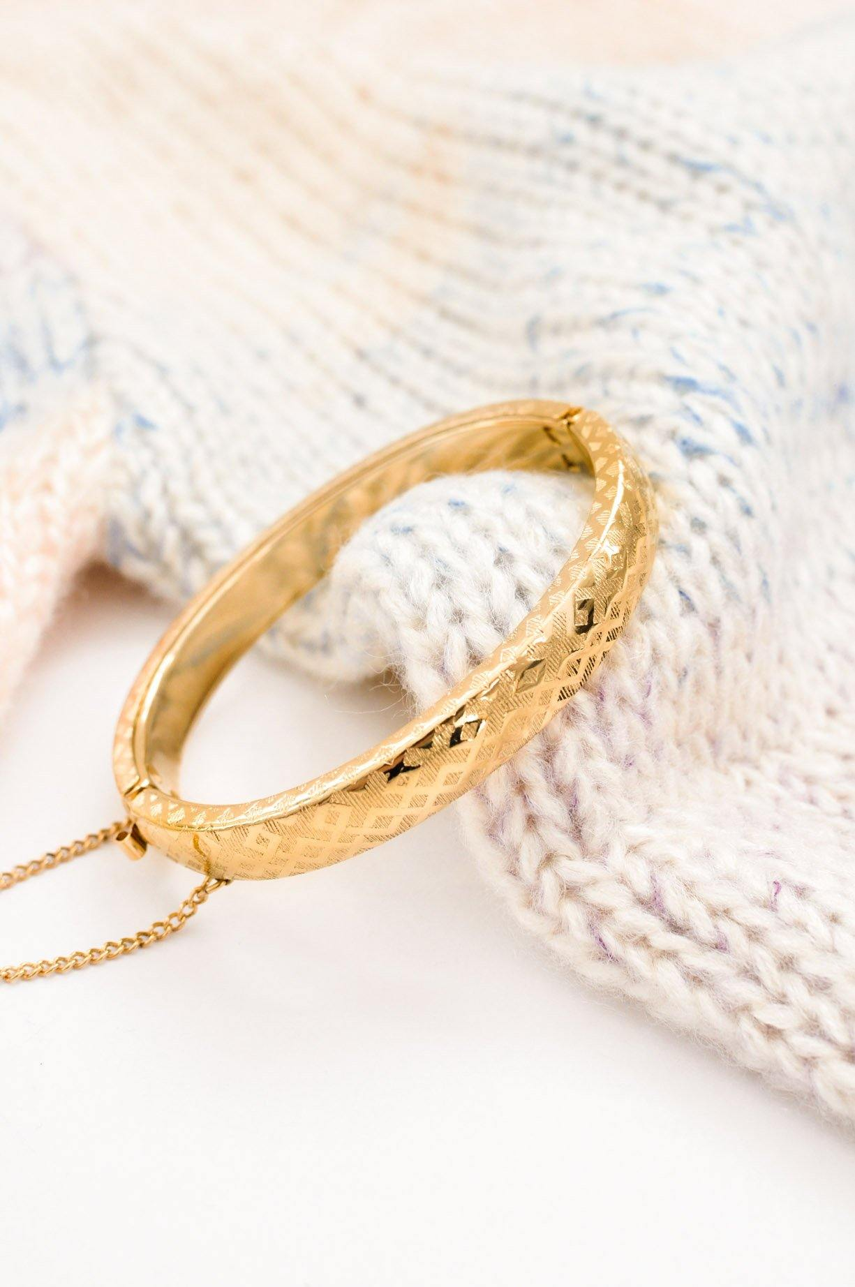 Etched Oval Bangle Bracelet