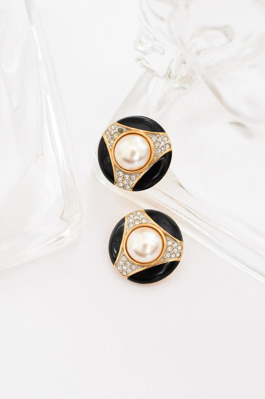 Pearl Round Clip-on Earrings