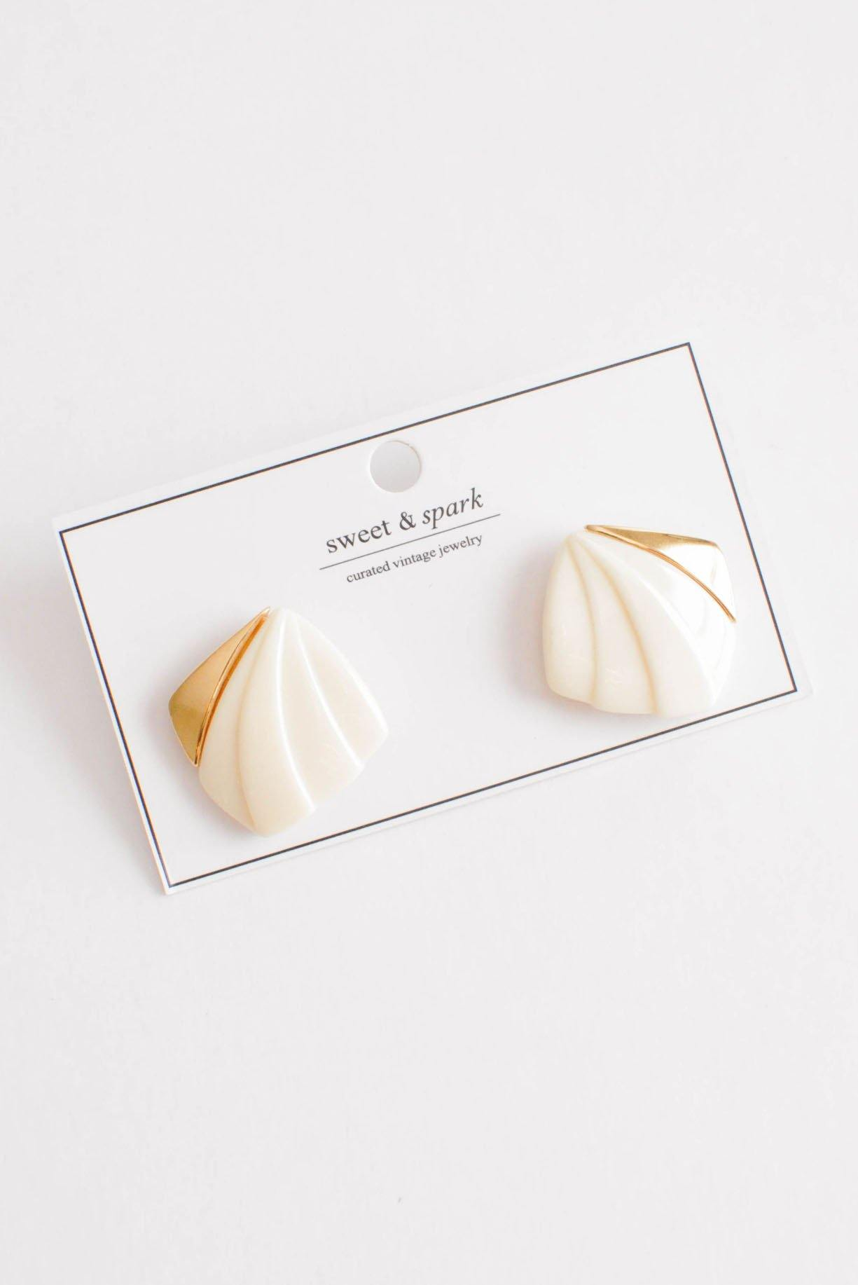 Cream Squares Pierced Earrings