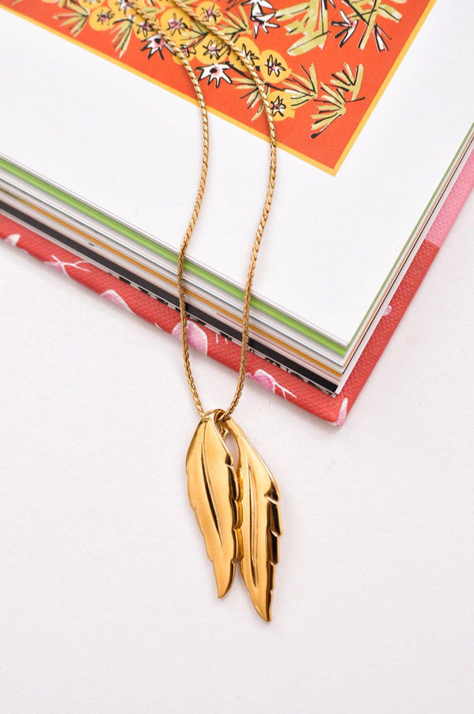 Double Feather Pendant Necklace