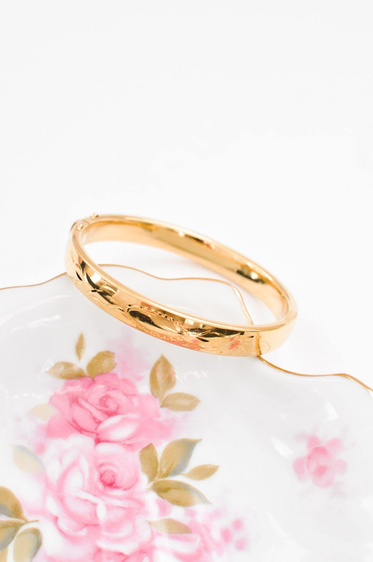 Etched Clip-in Bangle Bracelet