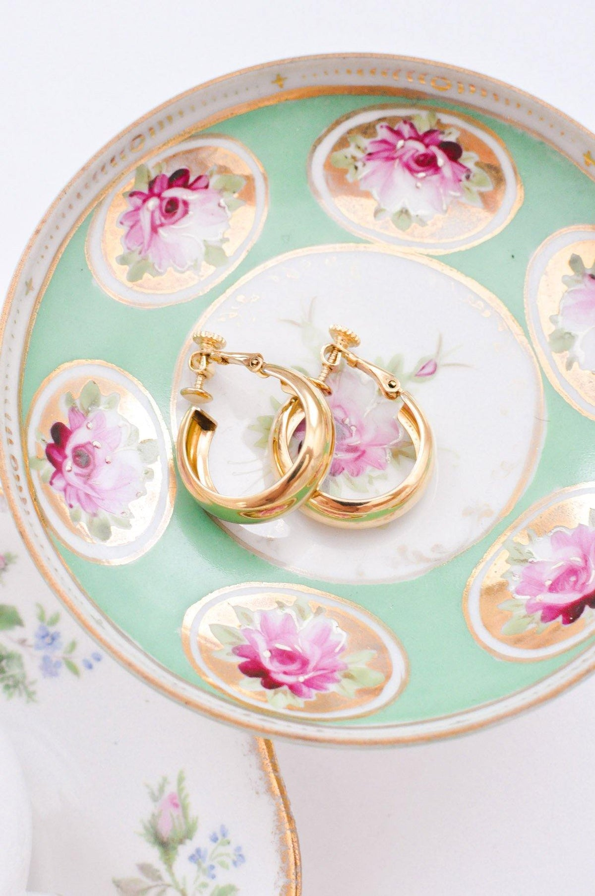 Vintage Classic Clip-on Hoop Earrings from Sweet and Spark.
