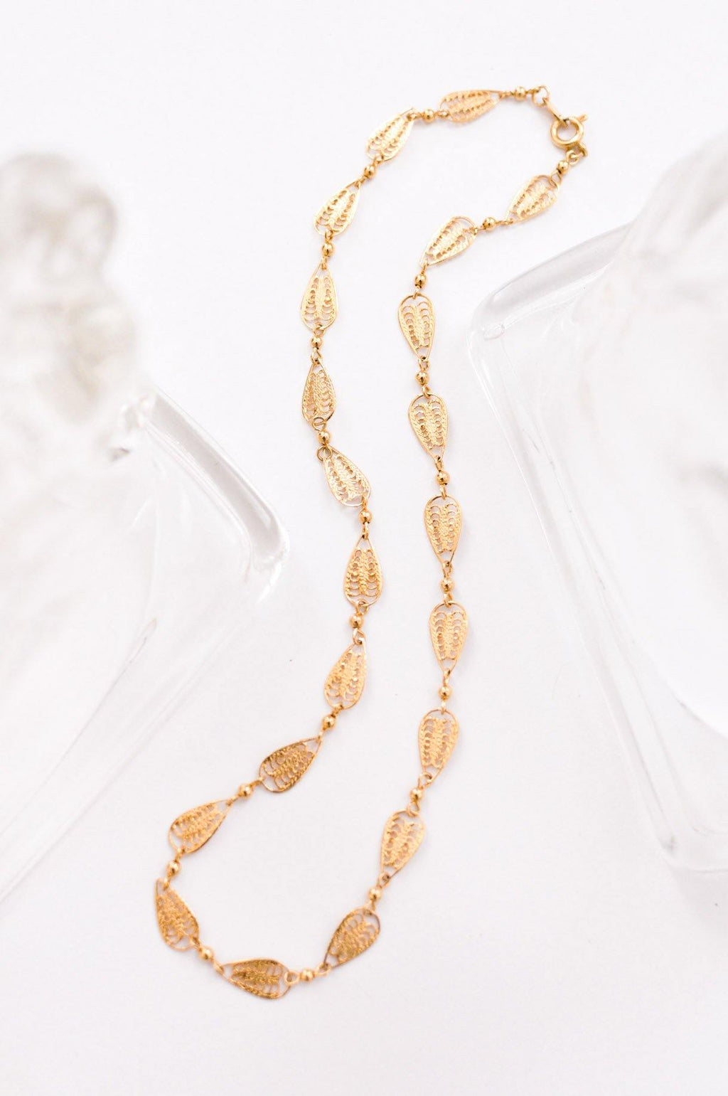 Filigree Layering Chain Necklace