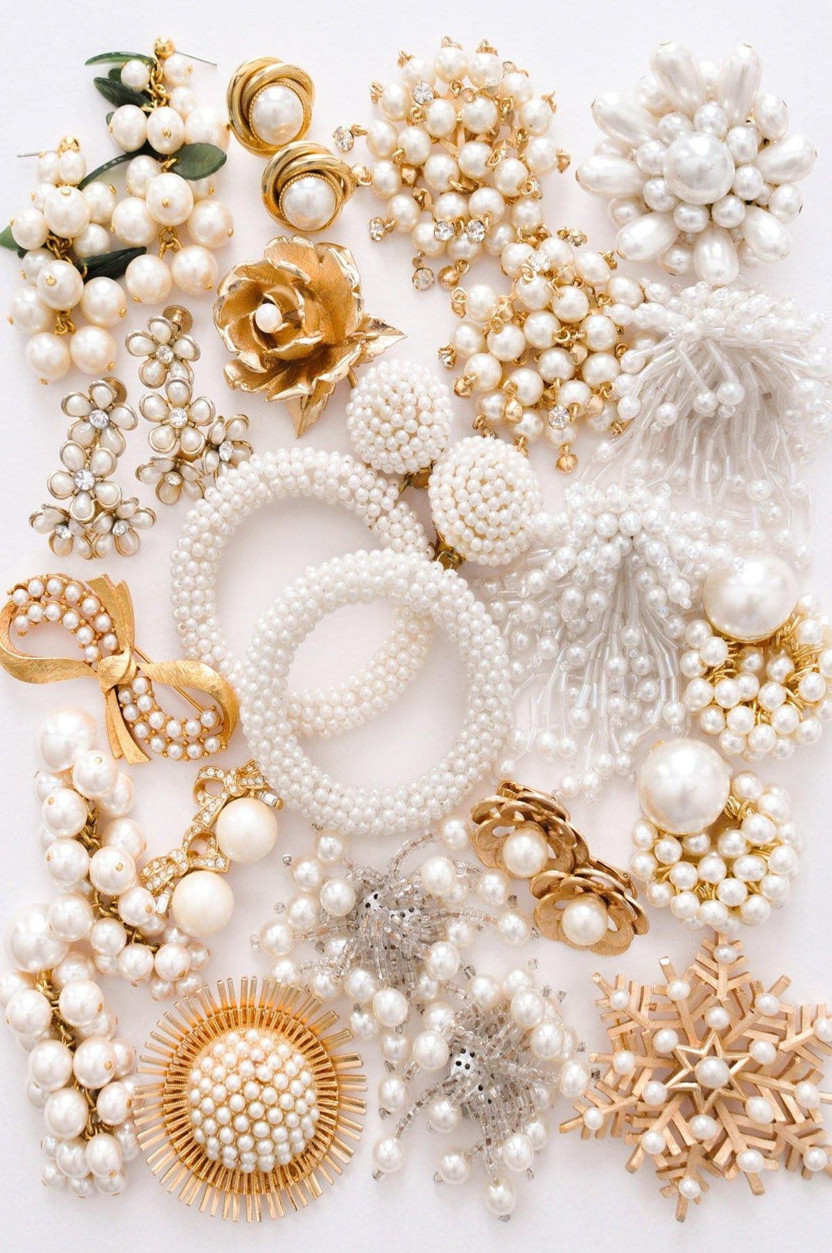 Vintage pearl statement jewelry from Sweet & Spark.