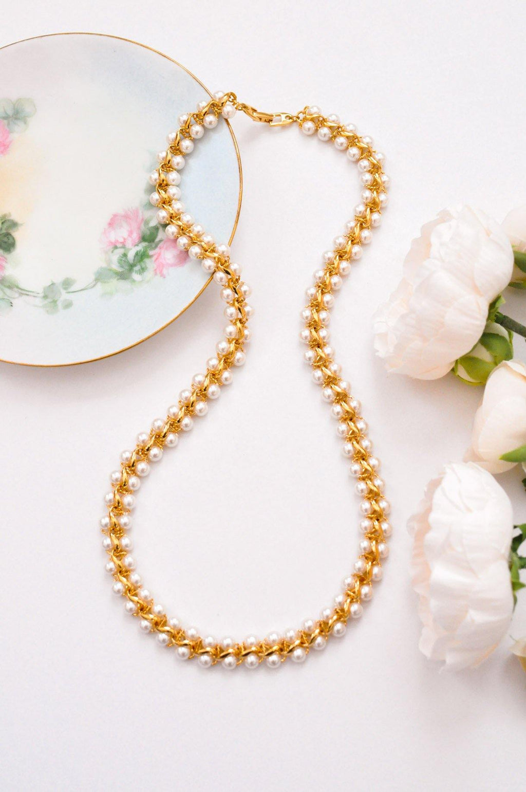 Pearl Lined Chain Link Necklace