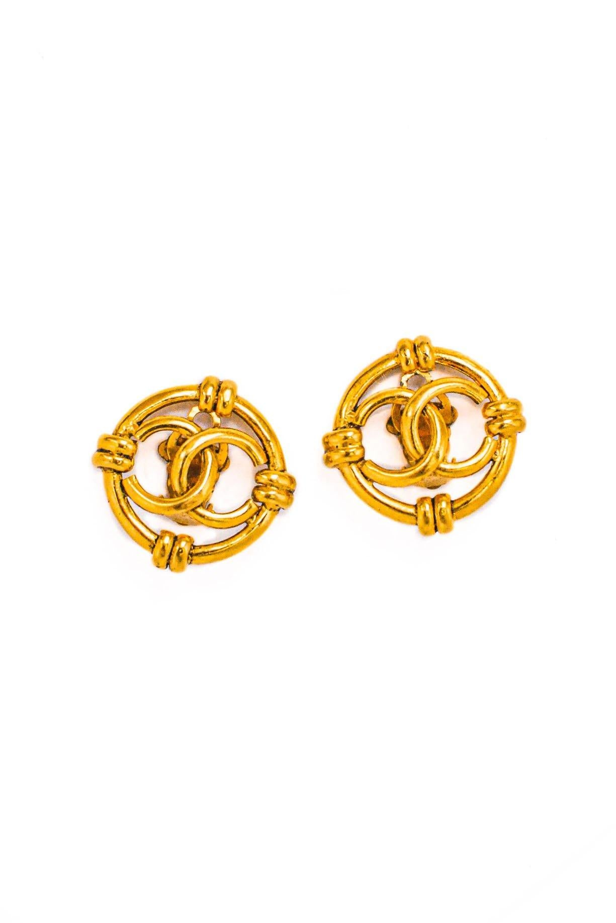 Vintage Chanel CC Cutout Clip-on Earrings from Sweet and Spark