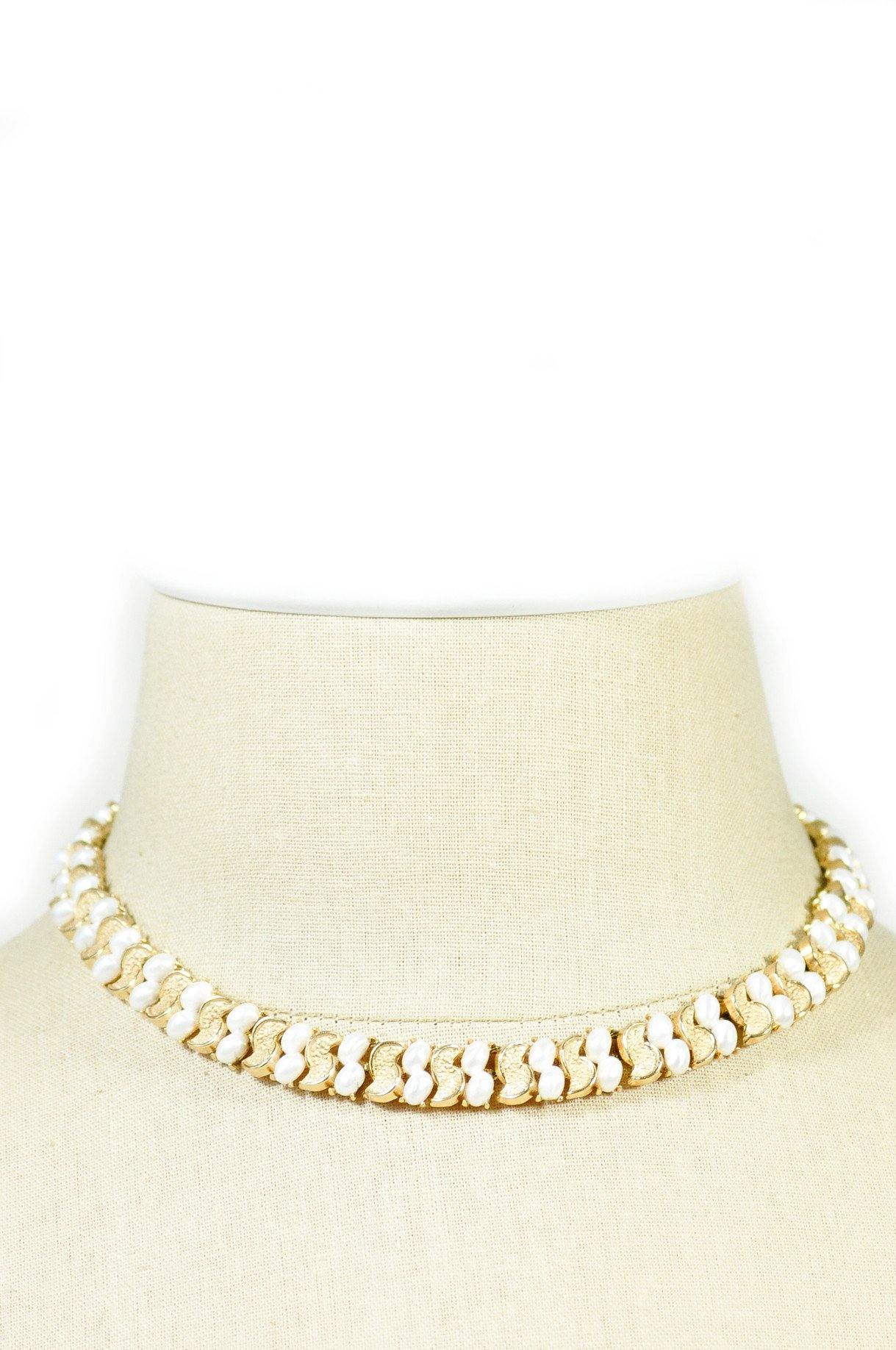 1950's Trifari Pearl Collar Necklace