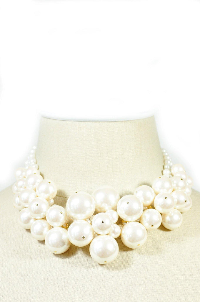 80's__Vintage__Chunky Pearl Necklace