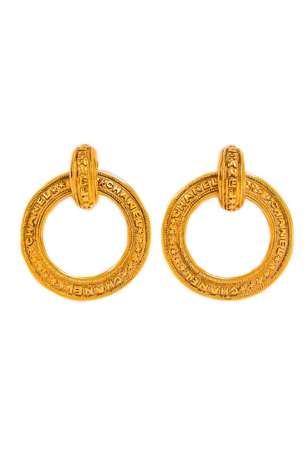 Vintage Chanel Stars Clip-on Hoop Earrings from Sweet and Spark