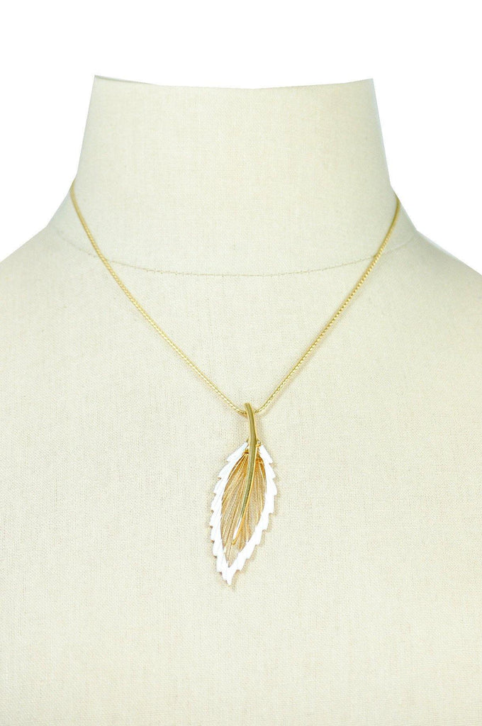 70's__Monet__Feather Pendant Necklace
