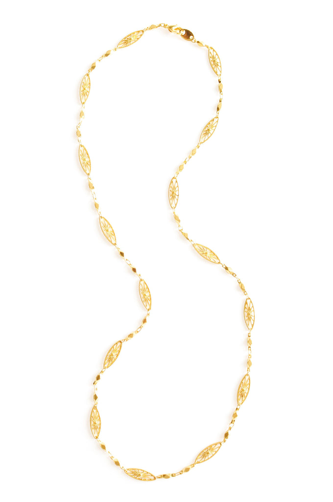 Avon Gold Filigree Link Necklace