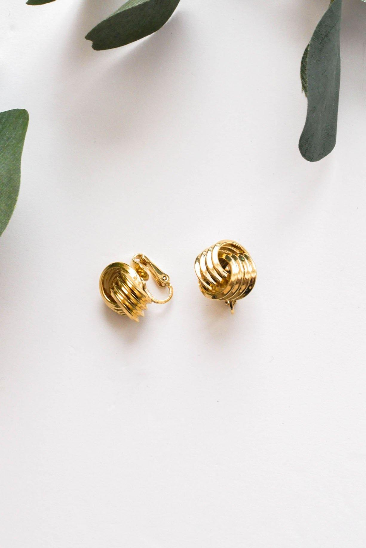 Love Knot Clip-on Earrings - Sweet & Spark
