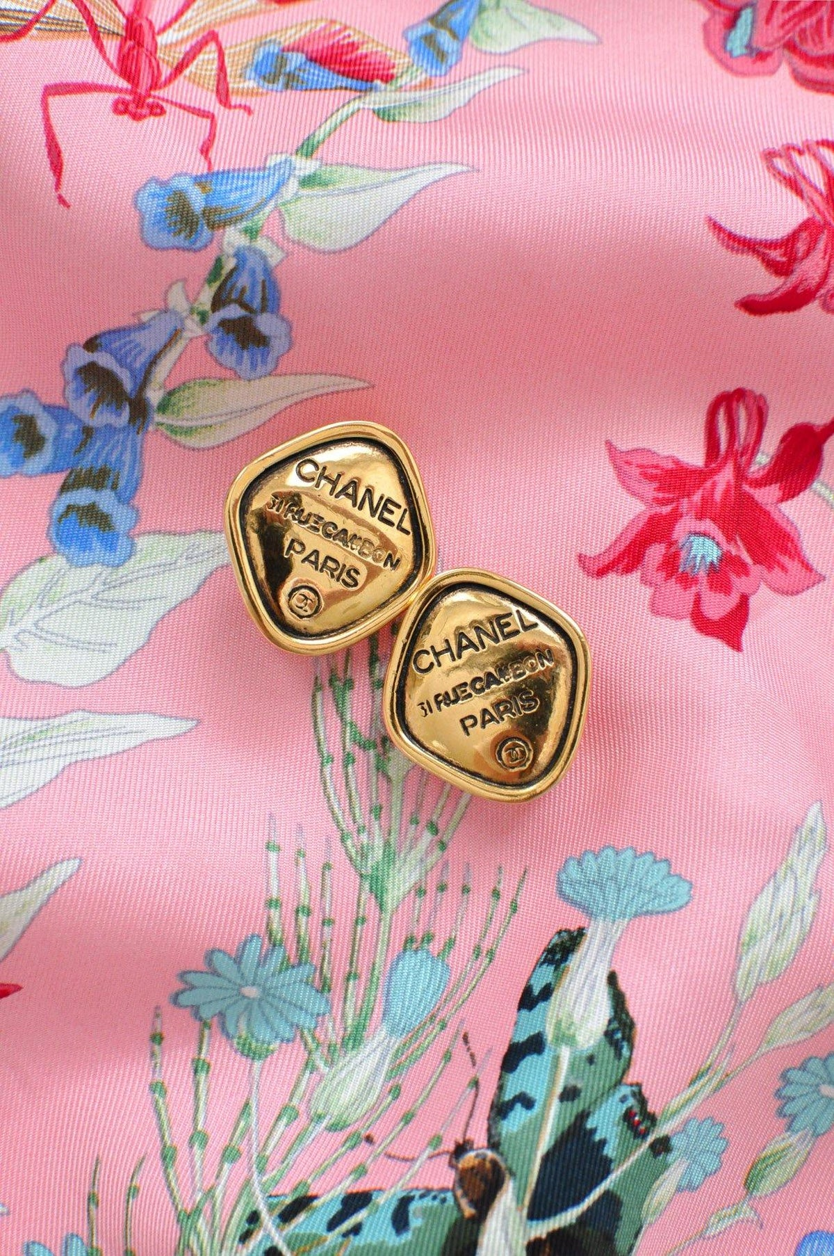 Chanel 31 Rue Cambon Clip-on Earrings - Sweet & Spark