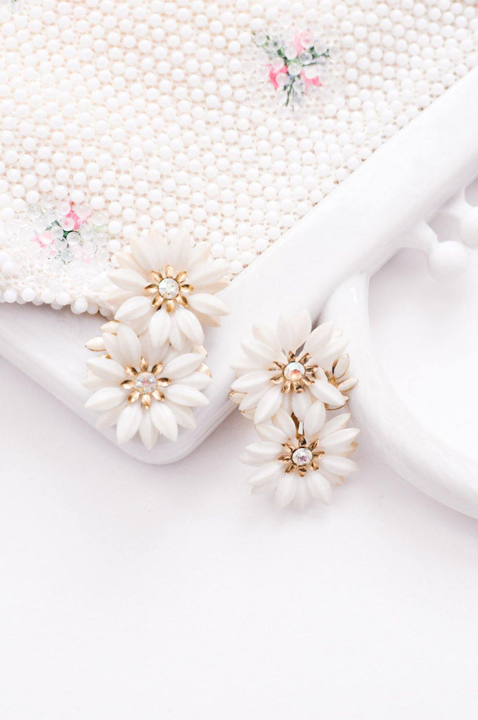 White Daisy Rhinestone Clip-on Earrings