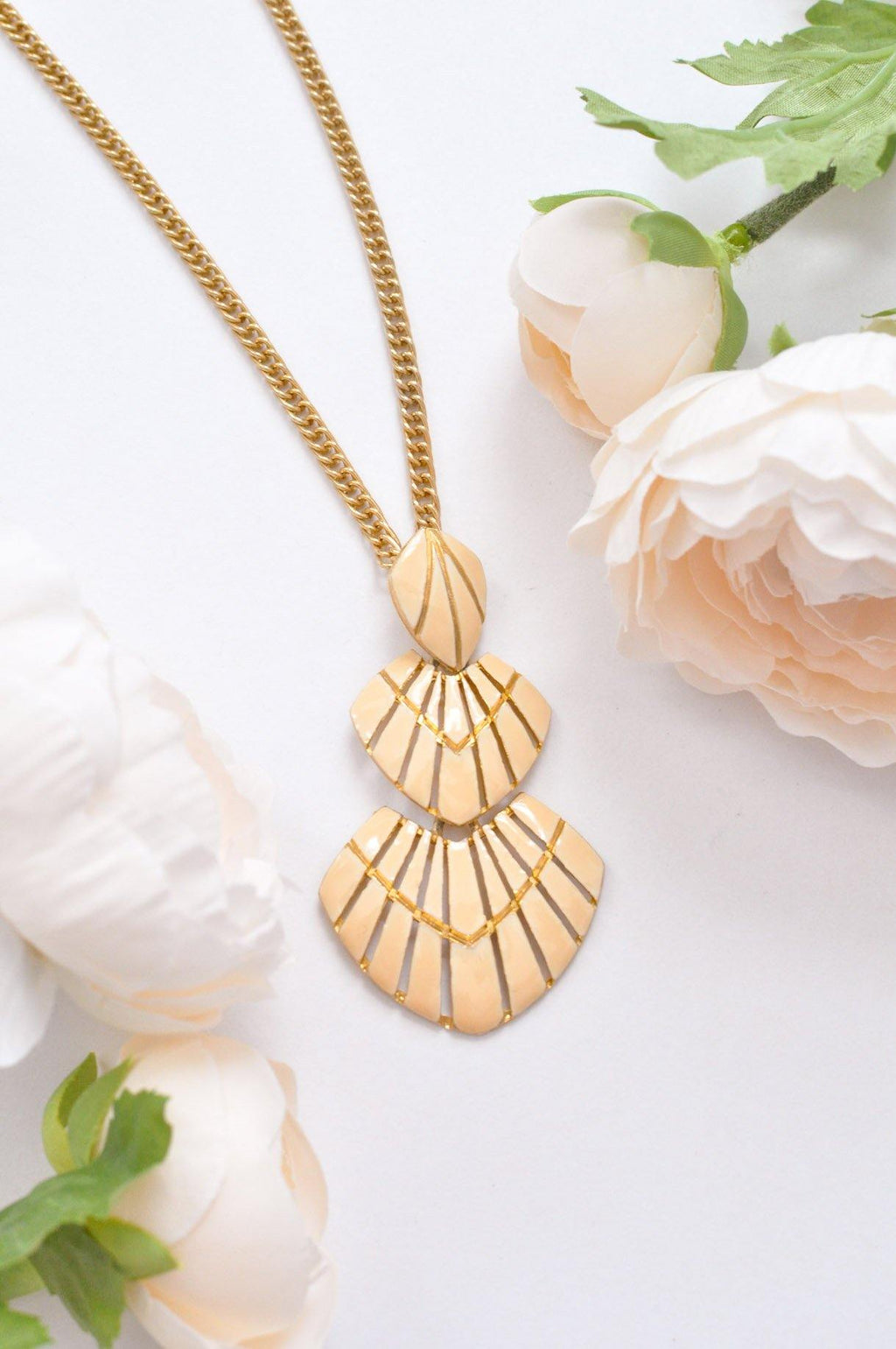 Tiered Drop Pendant Necklace