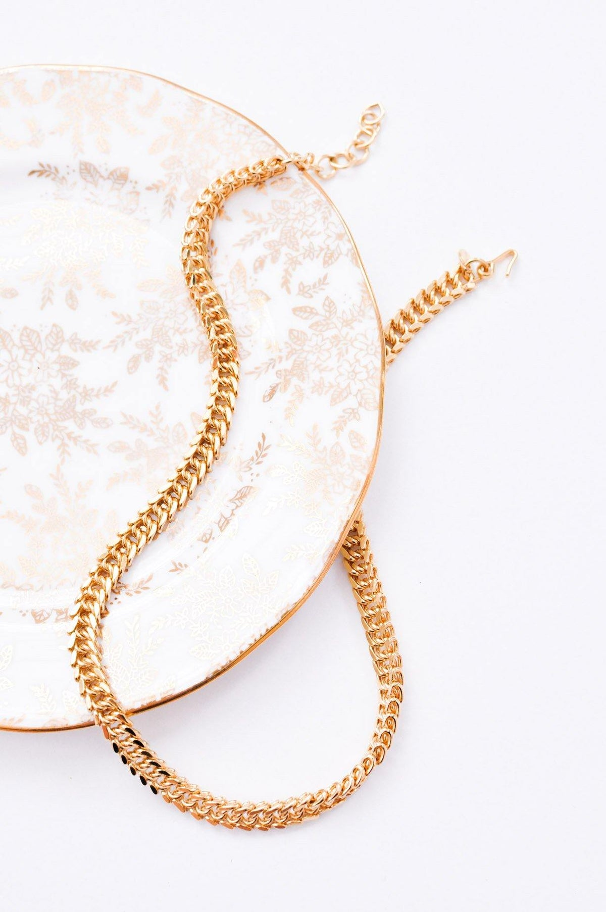 Gold Curb Chain Choker Necklace - Sweet & Spark
