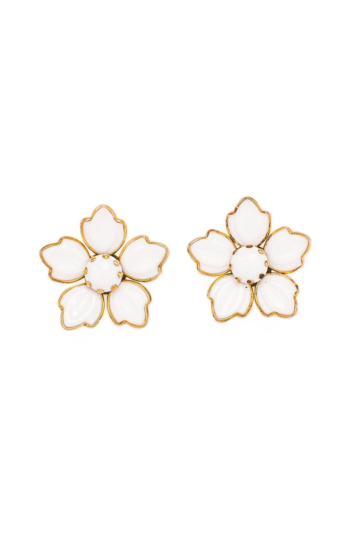 Vintage White Flower Clip-on Earrings from Sweet and Spark