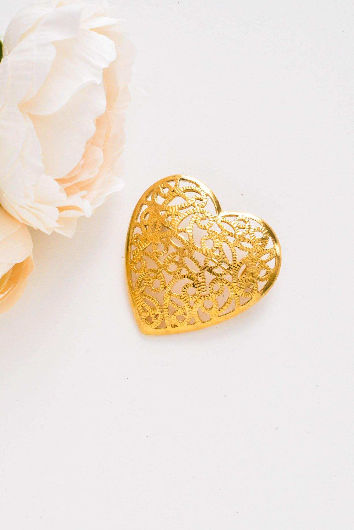 Swirled Heart Brooch from Sweet & Spark