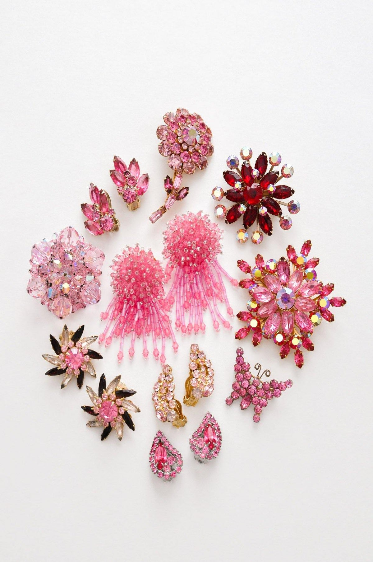 Vintage pink rhinestone jewelry from Sweet & Spark.