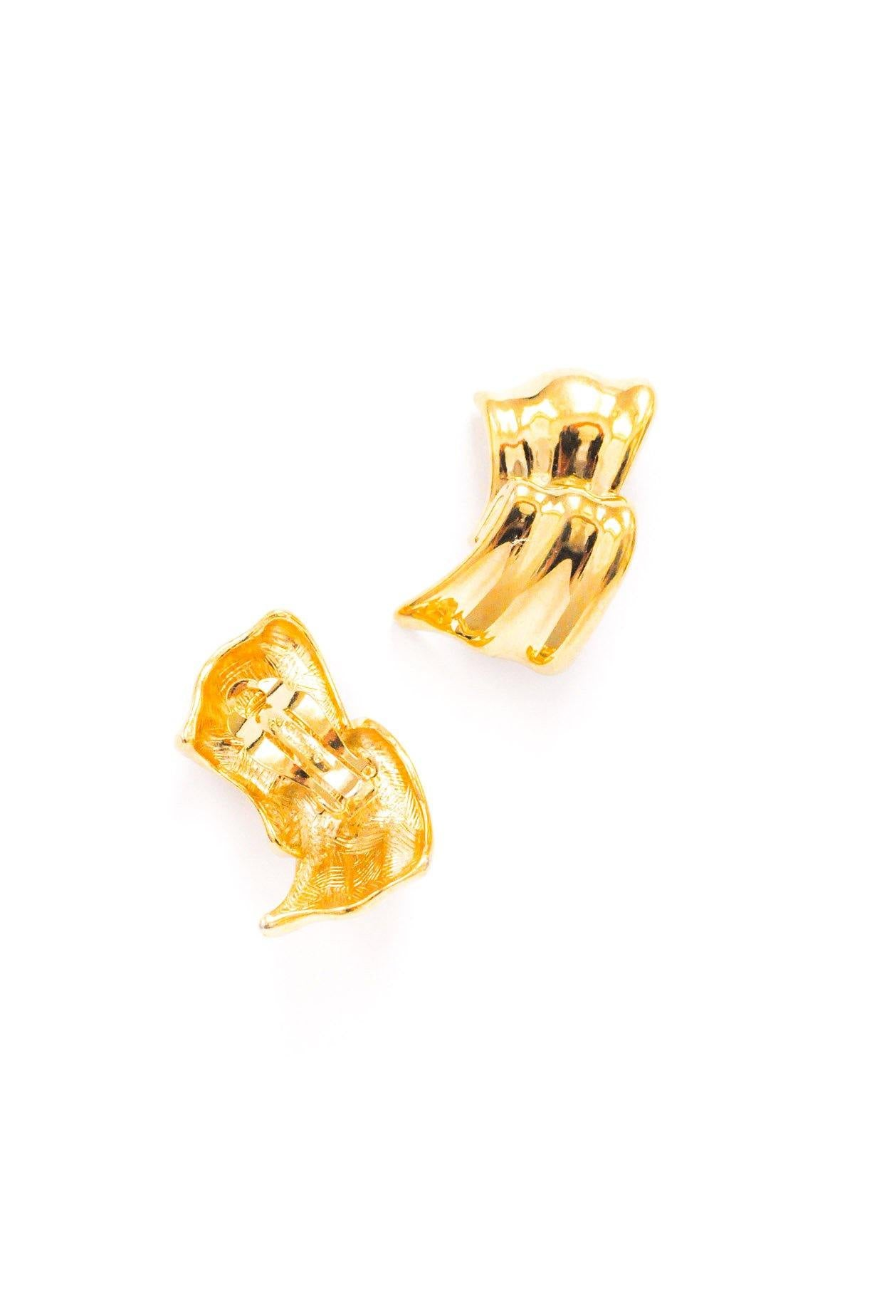 Givenchy Scallop Clip-on Earrings